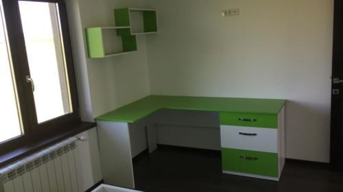 birou verde la comanda